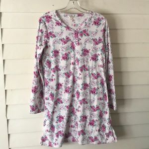Intimate Essentials Floral Night Shirt Size Large